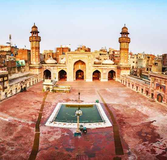 Cheap Flights to Lahore (LHE), Pakistan